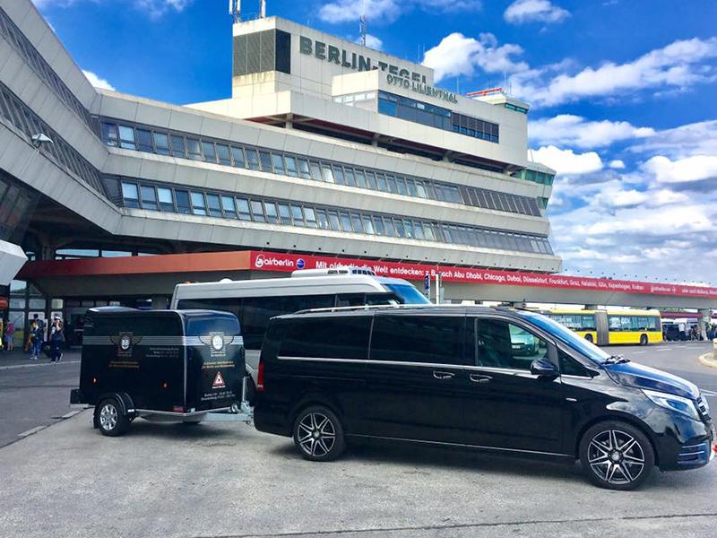 Flughafentransfer Sportgepäck Anhänger Berlin